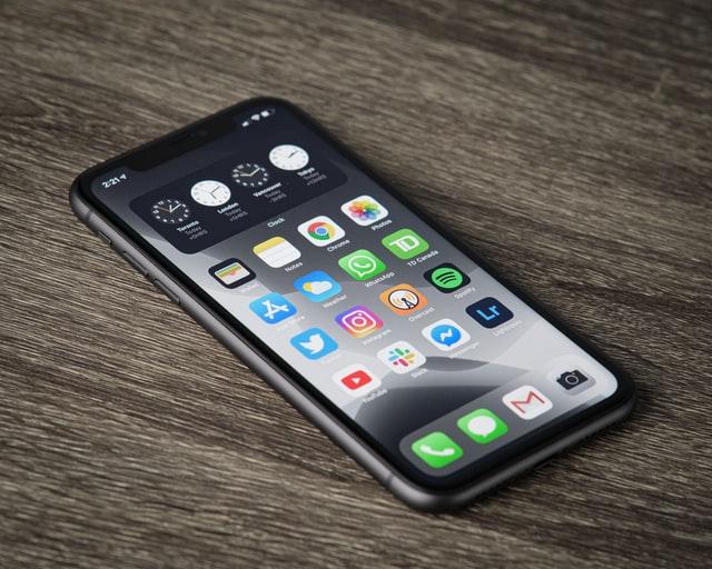 po-czym-poznamy-profesjonalny-serwis-iphone-img
