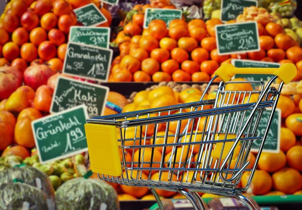 wiele-osob-lubi-robic-zakupy-w-sklepach-takich-jak-lidl-img