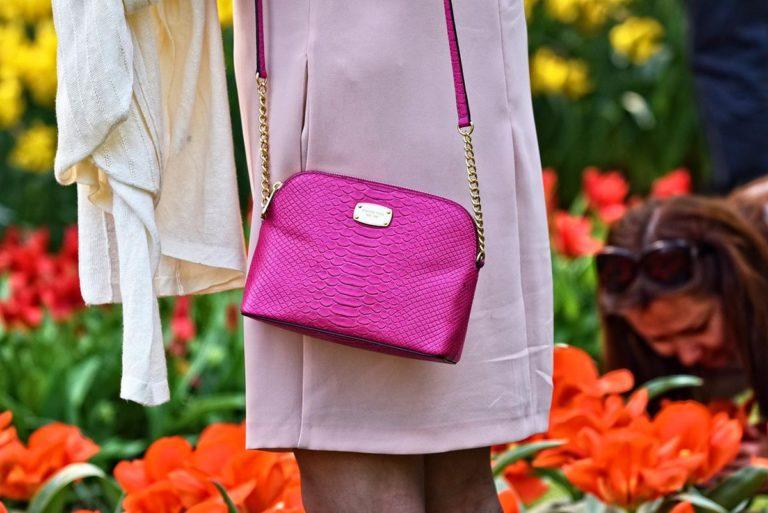 Stylowa torebka to niezbędny element damskiej garderoby
